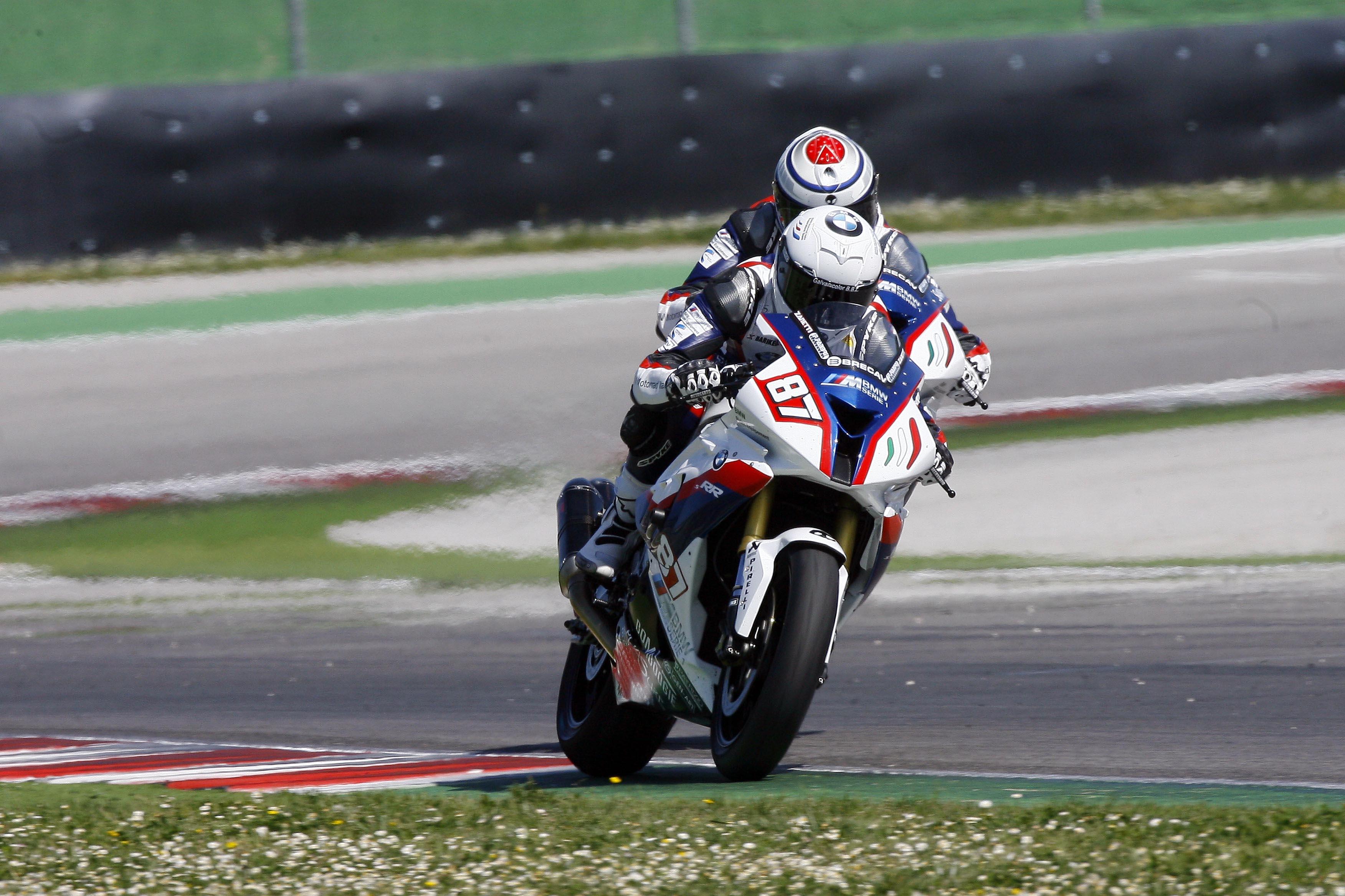 brecav in superbike con bmw motorrad italia   brecav